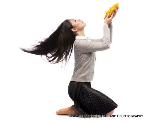 Sophia Lee, danseuse du Ballet royal de Winnipeg, dans Going Home Star – Truth and Reconciliation.