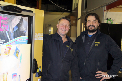 De gauche à droite, les copropriétaires de Park Avenue Vending & Coffee Co Inc., Bernard Jamault et Jeremy Mayor ont le vent dans les voiles.