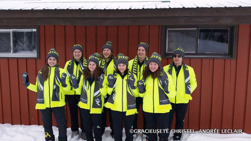 Les Jeux du Canada représentent une étape importante dans le parcours d'un athlète canadien. Sur la photo : l'équipe manitobaine de biathlon se réjouit d'avoir participé aux Jeux d'hiver de 2015 à Prince George. Prochain rendez-vous pour les disciplines d'été : Winnipeg, en 2017.
