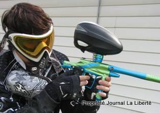 Antoine Grenier-Togneri en tenue de paintball