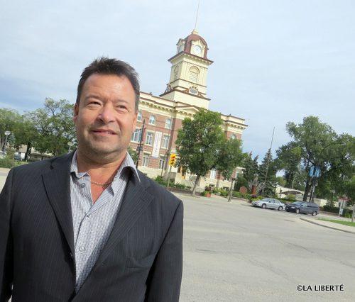 Des photos obscènes publiées sur le compte Twitter de Brad Gross met une ombre au tableau du candidat au poste de conseiller municipal pour Saint-Boniface.