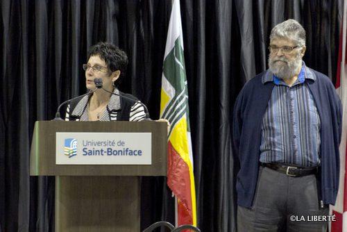 Raymonde Gagné et Léo Robert qui ont respectivement proposé et appuyé la demande d'États généraux de la francophonie lors de l'assemblée générale annuelle de la SFM en octobre 2013 ont pu rappelé au public lors du lancement du 29 novembre les préoccupations qui les ont poussés à déposer leur motion. Tous deux s'inquiètent de l'effritement des acquis de la francophonie au Manitoba.