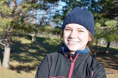 Claire Paetkau : « Le ski de fond est un sport inclusif. Tu peux participer à des compétitions, ou faire une randonnées de plaisir en famille. »