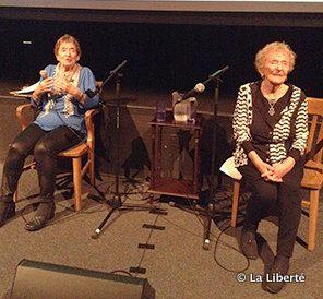 Régine Rubinfeld Frankel, à gauche, et sa soeur Rachel Rubinfeld Fink ont témoigné devant un public fasciné à la salle Martial-Caron.